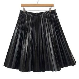 Kate Kasin Pleated Vegan Leather Skirt